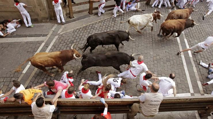 Gonitwa byków w Pampelunie. Cztery osoby w szpitalu