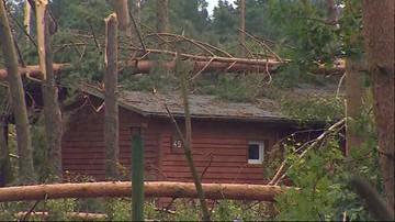 """""""Każdy domek był przywalony drzewami. Baliśmy się, że dotrzemy za późno"""". 300 dzieci ewakuowano z ośrodka Kaszubski Bór"""
