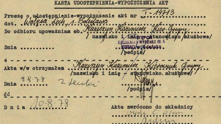 """Cenckiewicz: opowieści Wałęsy o sfałszowanych """"teczkach Kiszczaka"""" to fantasmagorie"""