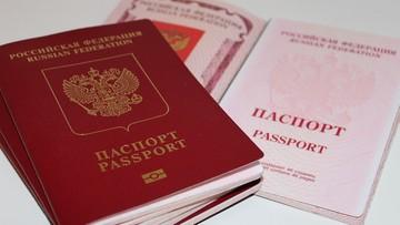 Wolontariuszka dostała autograf od Lewandowskiego. Teraz będzie musiała wymienić paszport