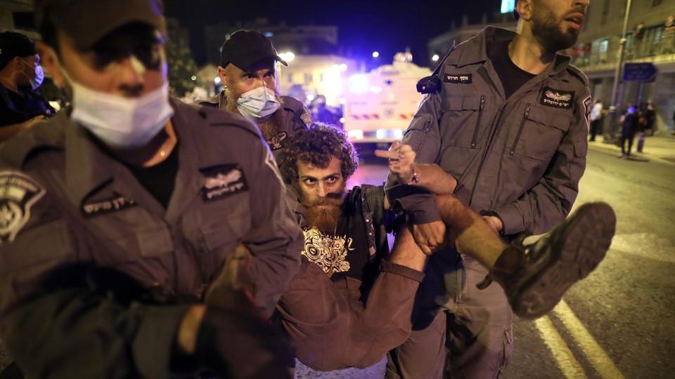 Demonstracje pod rezydencją premiera Netanyahu w Jerozolimie