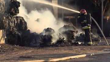 Piekary Śląskie: strażacy opanowali pożar składowiska makulatury