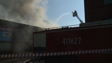 Pożar hali w Chorzowie. Jest ryzyko skażenia
