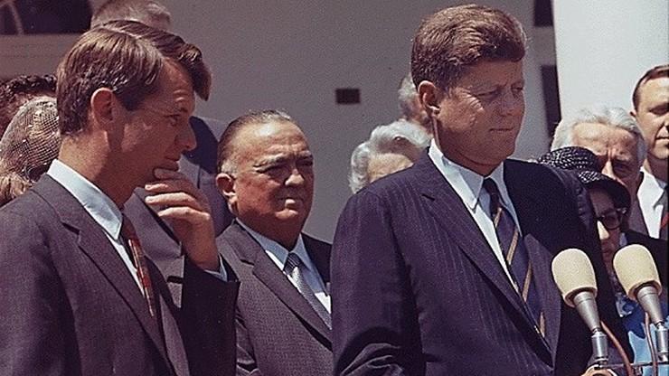 """Nazwisko dziennikarza """"Trybuny Ludu"""" w dokumentach dot. zamachu na Kennedy'ego"""