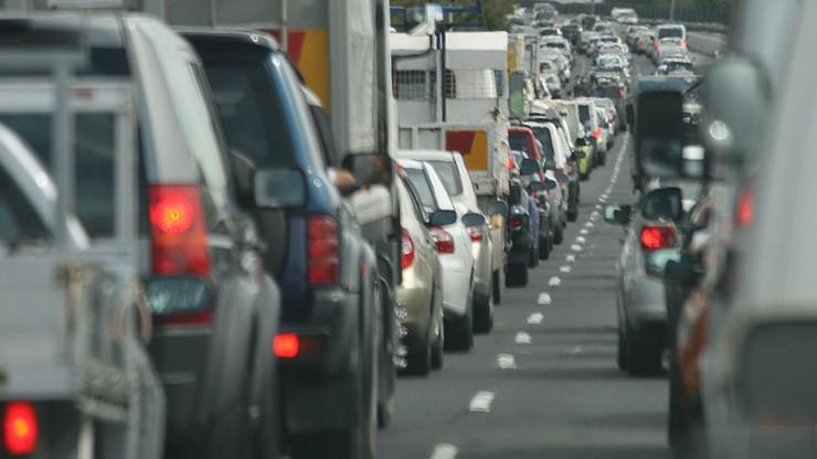 Po skandalu Volkswagena KE chce nowych zasad kontroli aut