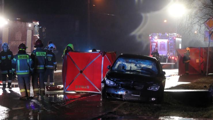 Dwie ofiary śmiertelne wypadku koło Łowicza. Mężczyźni wracali z pogrzebu