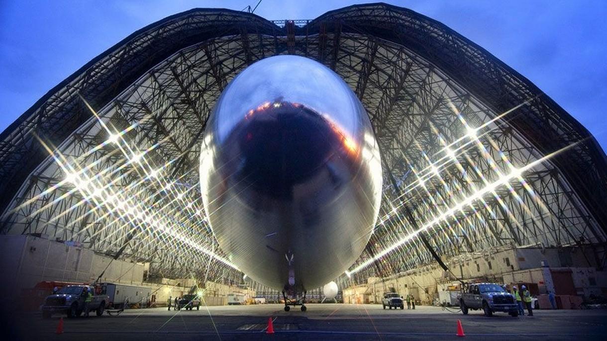 Chiny postawiły jeden z największych hangarów na świecie dla gigantycznego sterowca