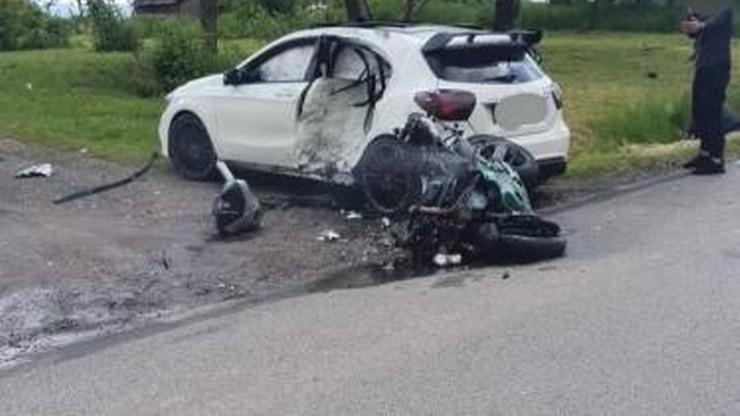 Frydrychowice. Śmiertelny wypadek motocyklisty. Zderzył się z mercedesem