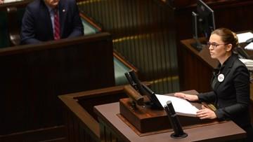 """Zwolennicy """"Ratujmy Kobiety"""": projekt daje wybór. Przeciwnicy: pozwala zabijać bezbronnych. Sejm odrzucił projekt w pierwszym czytaniu"""