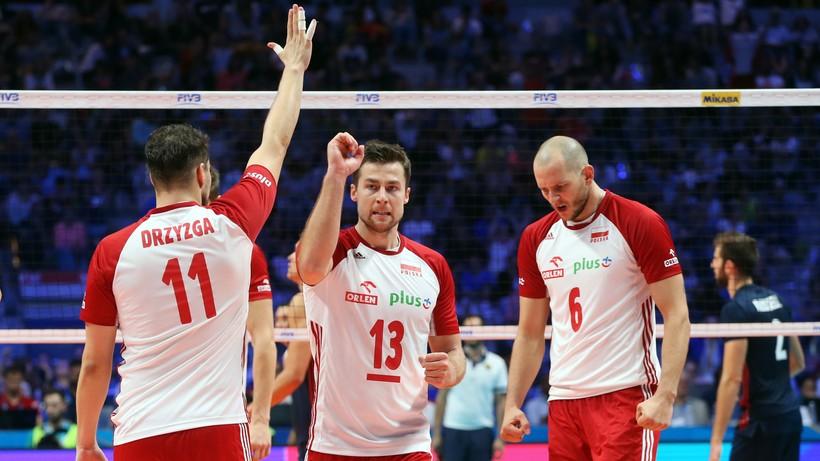 Z kim zagrają polscy siatkarze? Losowanie MŚ 2022 – zasady, koszyki, drużyny