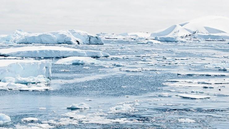 Rosja. Rozpuszczają się lodowce w Arktyce. Woda mogłaby zatopić Holandię