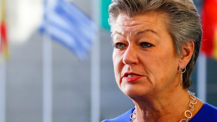 KE. Johansson chce spotkania z ambasadorami Polski Litwy i Łotwy w sprawie migracji