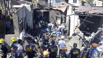 Awionetka uderzyła w dom. Nie żyje dziesięć osób
