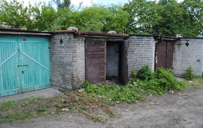 Garaż, w którym odnaleziono zwłoki kobiety