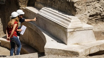 """W Pompejach odkryto grobowiec rzymskiego """"Księcia"""". Organizował przyjęcia, pokazy atletów i spektakle"""