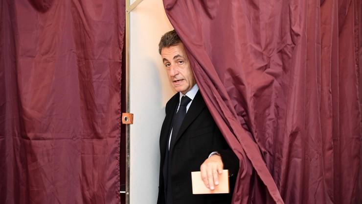 Francja: Sarkozy odpadł w pierwszej turze prawyborów we własnej partii