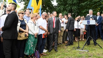 """Poroszenko oddał hołd pomordowanym w Sahryniu Ukraińcom. """"Szanujemy polskie ofiary Wołynia"""""""