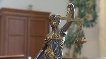 Wójcik: pracownicy sądowi otrzymają podwyżkę ok. 200 złotych; Związkowcy: takie propozycje denerwują