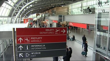 """Nie działa strona internetowa lotniska w Modlinie. """"Atak na serwer"""""""