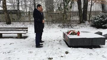 """Morawiecki złożył kwiaty na grobach żołnierzy NSZ. """"Times of Israel"""" krytykuje polskiego premiera"""