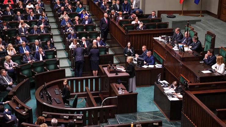 Uniewinnieni funkcjonariusze będą mogli wrócić do służby. Sejm przyjął poprawki Senatu