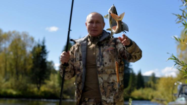 Rosja: Władimir Putin na wakacjach. Łowił ryby na Syberii