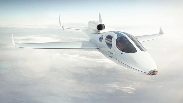Polski odrzutowiec odbył swój pierwszy lot. Może startować i lądować z trawiastych lotnisk