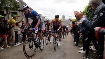 Tour de France: Potężna kraksa! Wszystko przez bezmyślność fanki