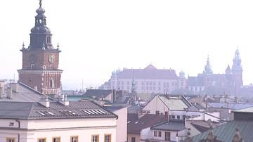 """""""Powietrze nie zna granic"""".  16 miast łączy siły w walce ze smogiem"""