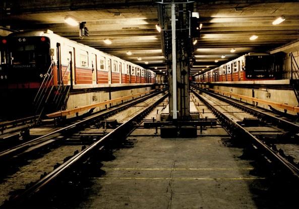 Radzieckie pociągi oczekujące na wyjazd na trasę