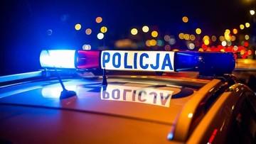 Policyjny pościg w Skuszewie. 15-latek uciekał autem, a potem pieszo