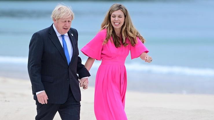 """24 lata młodsza żona Borisa Johnsona w ciąży. """"Spodziewam się tęczowego dziecka"""""""