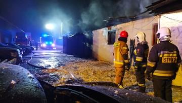 Palił się warsztat pod Poznaniem. Ogień gasiło prawie 30 jednostek straży [ZDJĘCIA]