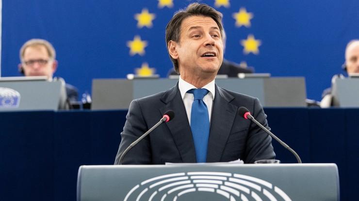 """""""Zastanawiam się jak długo będziesz marionetką"""". Premier Włoch ostro krytykowany w PE"""