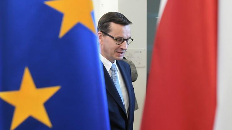 Trzy boiska rozgrywki Morawieckiego na szczycie UE. O co i jak grał premier?