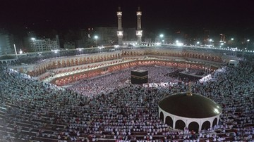 Pielgrzymi z Kataru znów mogą przyjechać do Mekki i Medyny. Tak zdecydował król