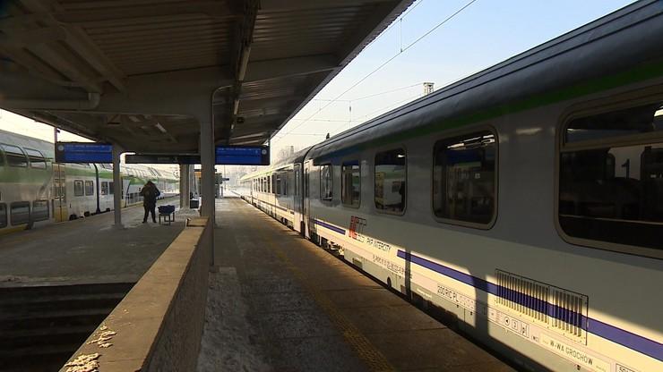"""""""Obsługa nie życzyła sobie pasażera z niepełnosprawnością"""". Polityk wyproszony z pociągu PKP"""