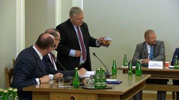 """""""Ciągnąc samolot, nie reklamowaliśmy linii OLT Express"""". Prezydent Gdańska przed sejmową komisją ds. Amber Gold"""