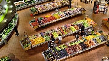 Nieprawidłowości w sklepach. Złe oznaczenia na owocach i warzywach