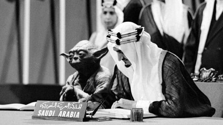 Afera w Arabii Saudyjskiej. Mistrz Yoda w podręczniku obok króla Fajsala
