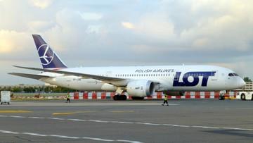 Awaryjne lądowanie w Warszawie. Piorun uderzył w samolot