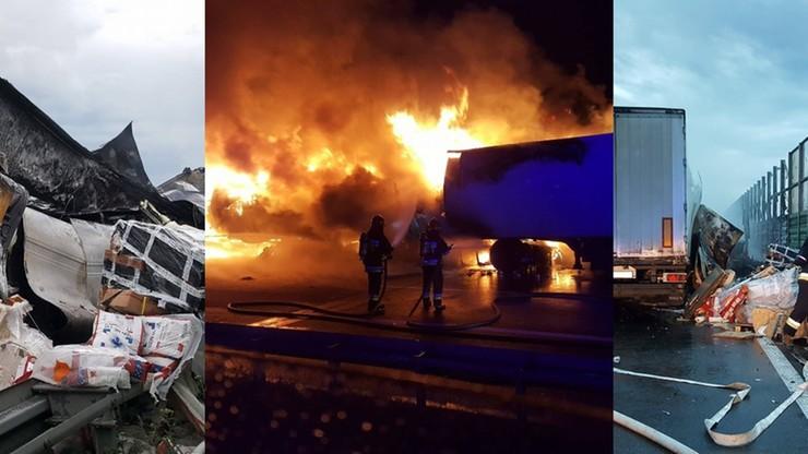 Zderzenie i pożar dwóch ciężarówek na A2