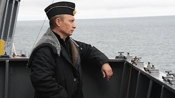 Putin nazwał pułk artyleryjski imieniem Warszawy