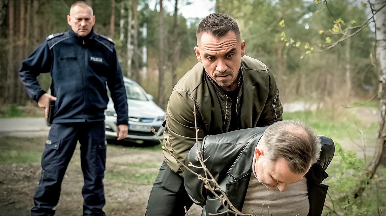 Gliniarze - odcinek 596: Bezwzględne wybory sołtysa - Polsat.pl