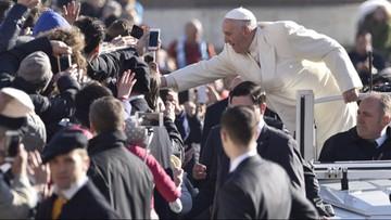 Papież: Kościół to nie drużyna piłkarska, która zabiega o kibiców
