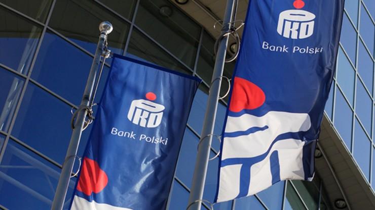 PKO BP zawarł pierwszą pilotażową ugodę z frankowiczami. Ekspert komentuje