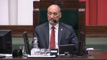 """Macierewicz zabrał głos ws. słów Putina. Wspomina m.in. o Smoleńsku i """"tajnych rozmowach Tuska"""""""