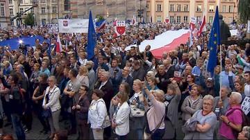 """Demonstracje przeciwników upolitycznienia sądów. """"Przychodzimy, by wymusić ustępstwa władzy"""""""