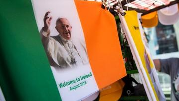 Papież w Irlandii: podzielam zgorszenie i oburzenie z powodu pedofilii