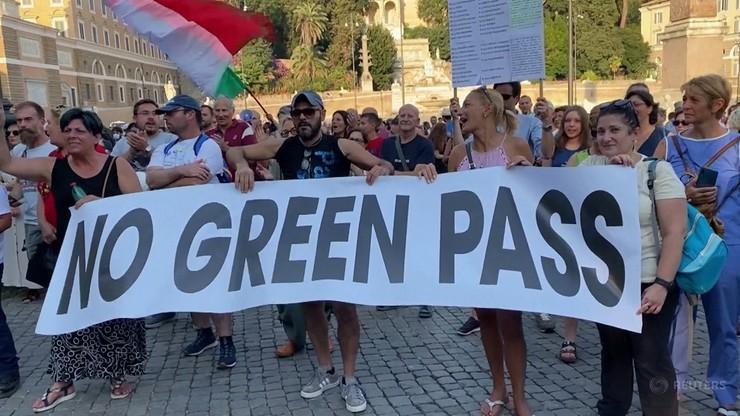 Włochy. Obowiązek przepustki COVID-19 we wszystkich miejscach pracy od 15 października